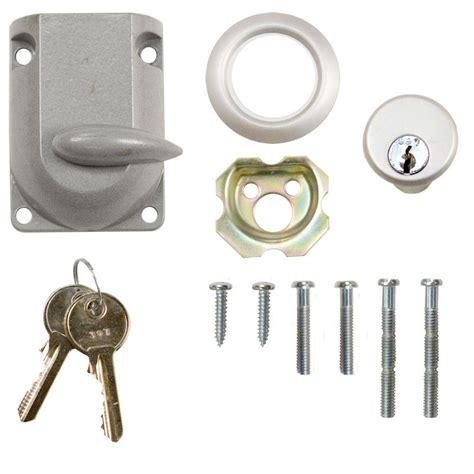 everbilt garage door dead bolt lock with cylinder 5020a41