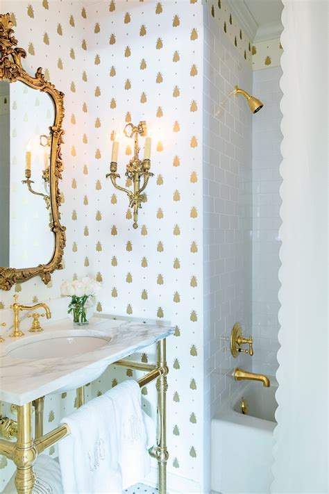 Gold Bathroom Ideas by 18 Gorgeous Marble Bathrooms With Brass Gold Fixtures
