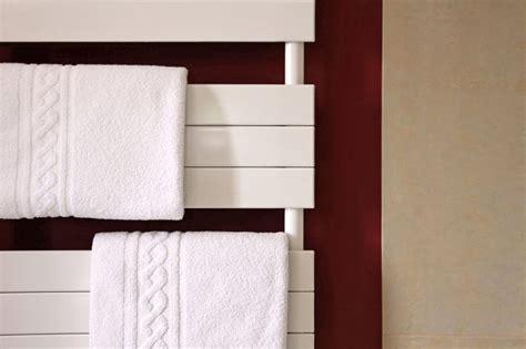 zimmer heizen ohne heizung heizung im badezimmer diese badheizk 246 rper bringen w 228 rme
