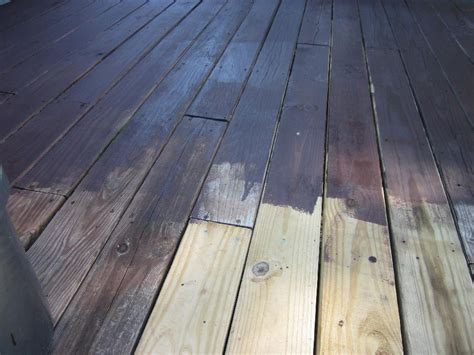 restain  deck properly infobarrel