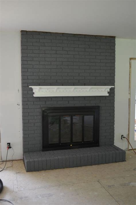 Best Paint For Fireplace Brick by 25 Best Ideas About Grey Fireplace On Focal