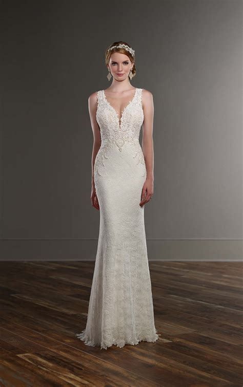 sleek wedding gown martina liana wedding dresses