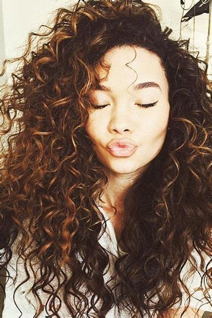 7 Pros And Cons Of Hair by The 7 Pros And Cons Of Curly Hair Curls