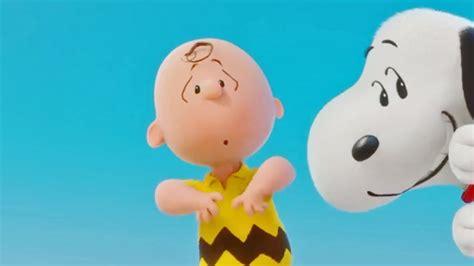 imagenes snoopy llorando snoopy charlie brown peanuts o filme teaser trailer