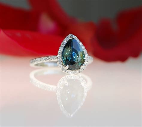 Green Saphire 14 2ct 2 1ct pear peacock green blue color change sapphire