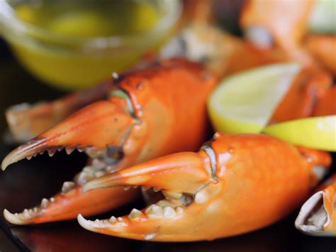 3 ways to steam crab legs wikihow