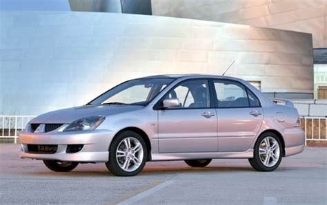 mitsubishi sedan 2004 used 2005 mitsubishi lancer for sale pricing features