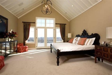 Beautiful Vaulted Ceiling Designs That Raise The Bar In Style Cape Cod Bedroom