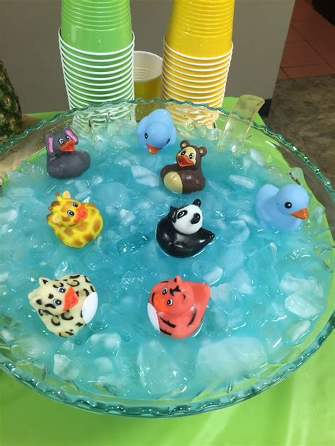Safari Baby Shower Ideas For Boy by 25 Best Ideas About Jungle Baby Showers On
