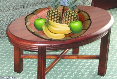 fruits on table pictures