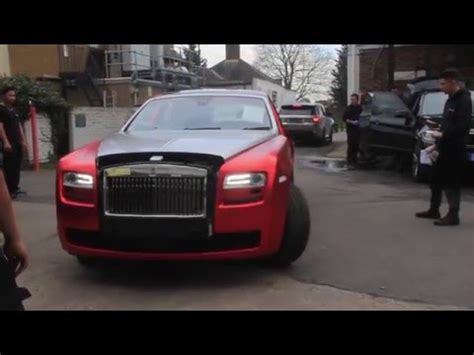 rolls royce gold and red rolls royce ghost gets wrapped chrome satin red youtube