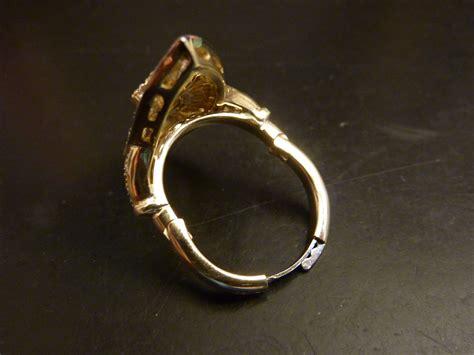 finger mate hinging shank for rings for enlarged knuckles