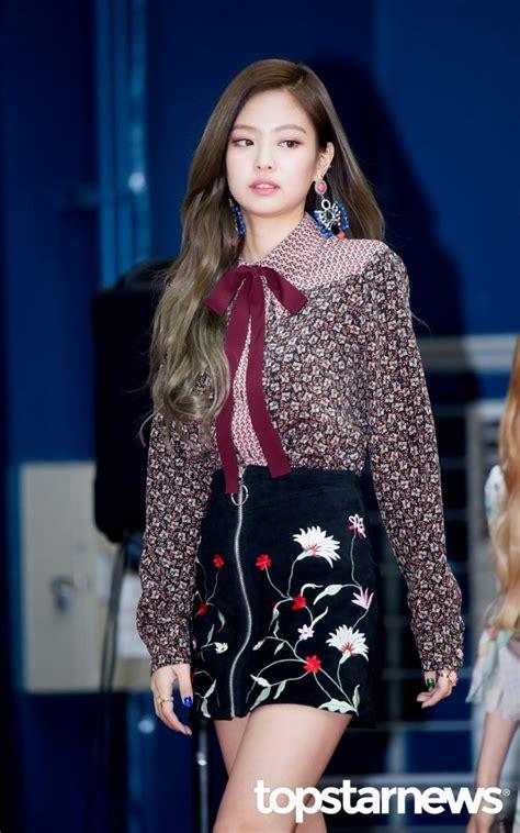 blackpink fashion hd포토 블랙핑크 blackpink 제니 도도한 입장 2017 가온차트 k pop 어워드 가온