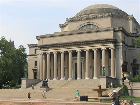 Columbia Mba Cus Tour by Columbia Photo Tour Business Insider