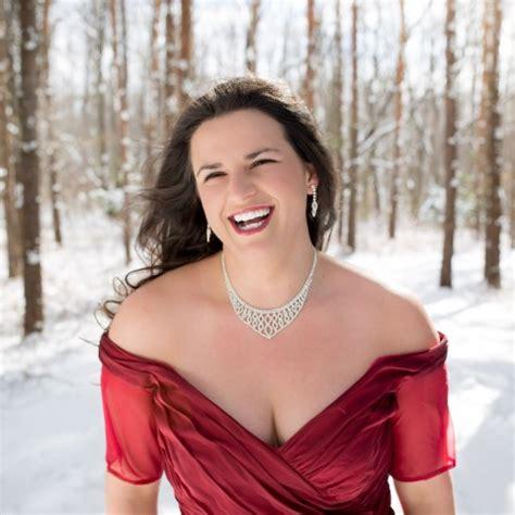 hire megan thompson mezzo soprano classical singer