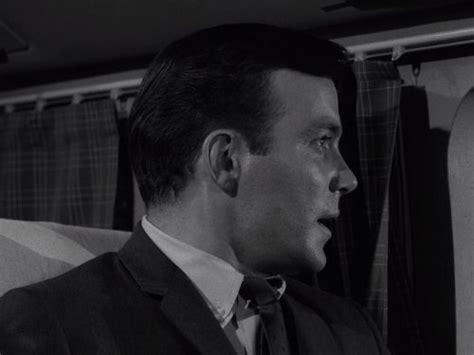 twilight zone nightmare   feet tv episode