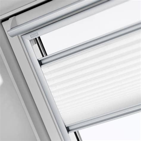dachfenster plissee velux plissee und faltstores f 252 r dachfenster velux