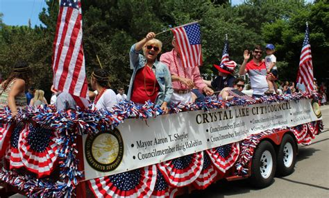 Other Entries In Cl Parade With Political Overtones Supporter S July 4th Parade Float Featured Lying