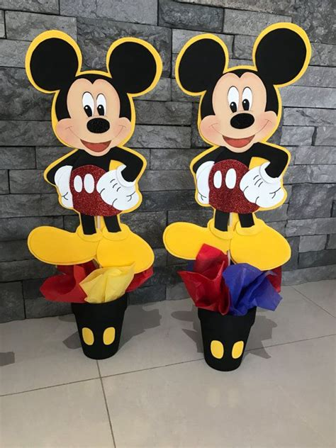 mickey mouse centerpiece 25 best ideas about mickey mouse centerpiece on