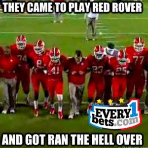 Clemson Football Memes - thursday s top football betting matchups picks bet sports online