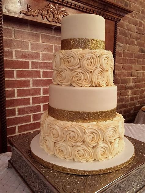 Wedding On Cake by 25 Best Ideas About Rosette Wedding Cakes On