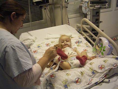 baby weint im bett nilz newsticker