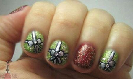 Easy Christmas Present Nail Art Nivoteamfo