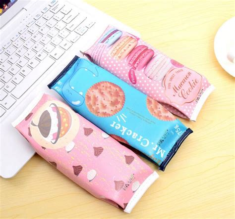 Tempat Pensil Motif Biskuit Korea Cookies Snacks Pencil Stp004 kotak pensil cracker pink jakartanotebook
