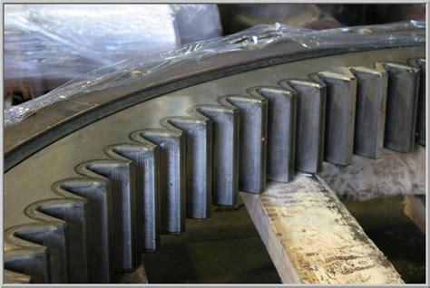 1052 1u3302 Tooth F 320 swing bearings slewing rings heavy equipment parts
