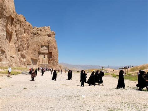 re persiani tombe re persiani foto di naqsh e rostam marvdasht