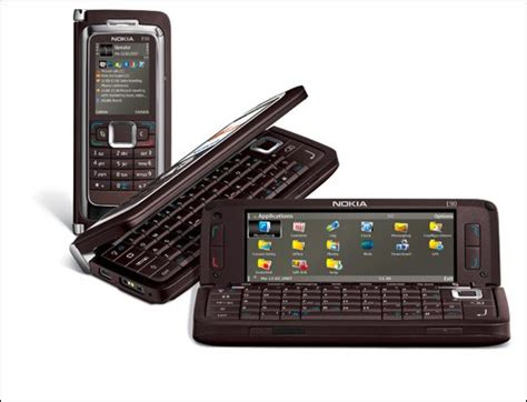 Flexibel Ui Up Nokia E90 nokia s communicator to make a comeback the register