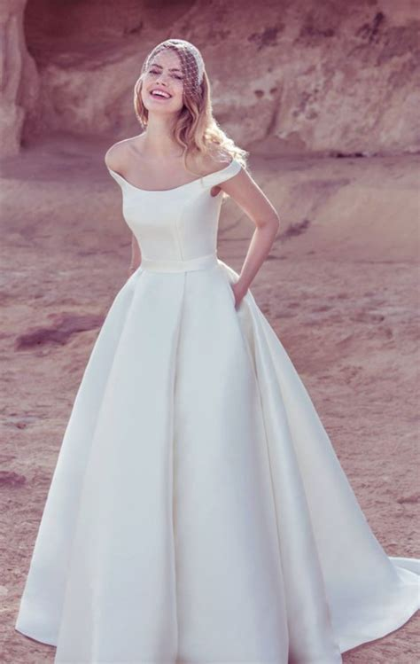 Shoulder Plain A Line Dress 30 effortlessly chic wedding dresses with pockets