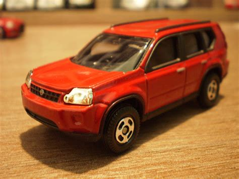 tomica nissan 1 64 die cast cars tomica nissan x trail