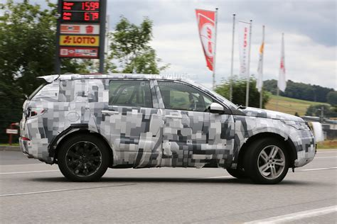ford land rover interior spyshots 2015 land rover discovery sport interior