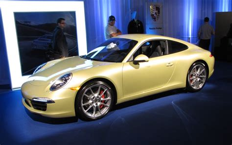 Porsche 911 Montreal 2012 Porsche 911 A Canadian Debut In Montreal The Car Guide