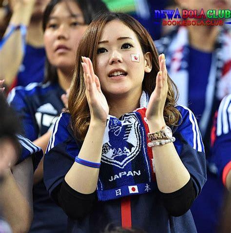 beautiful images  pinterest soccer fans football fans  soccer girls