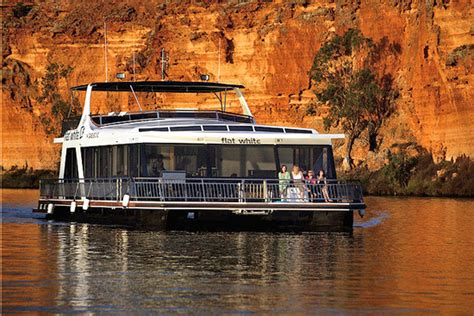 murray river house boats flat white houseboat