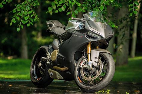 How Much Is Upholstery Arete Americana S Panigale 1199 S Carbon