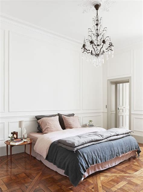 paris style bedroom 25 best ideas about parisian bedroom on pinterest