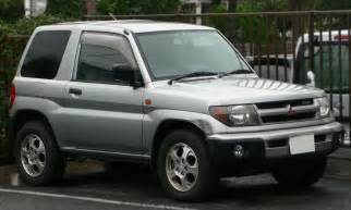 Mitsubishi Montero Io Mitsubishi Pajero Io 2587946
