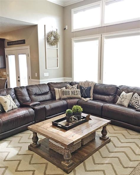 Brown Leather Decor by Best 25 Brown Leather Sectionals Ideas On