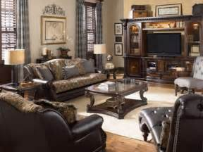 Traditional Living Room Chairs Traditional Living Room Furniture Decobizz