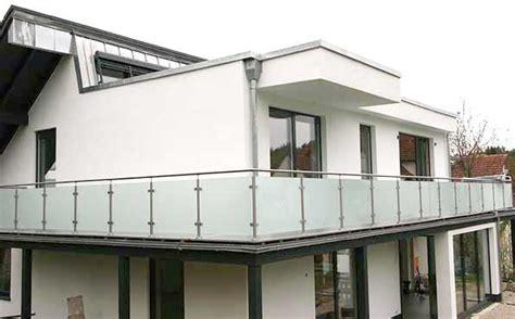 Balkongeländer Glas by Glasgel 228 Nder Bausatz F 252 R Moderne Balkongel 228 Nder Mit Glas