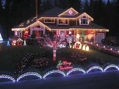 christmas light displays that shine redfin christmas