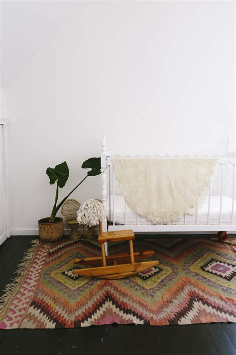 discount kilim rugs special offer 25 discount on vintage kilim rugs the style files