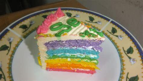 Kek Rainbow Cheese lola azilah radzi kek rainbow dengan cheese frosting