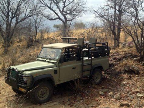 range rover hunter namibia hunting safari