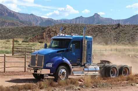 kenworth sleeper trucks kenworth introduces new dealer program to improve uptime