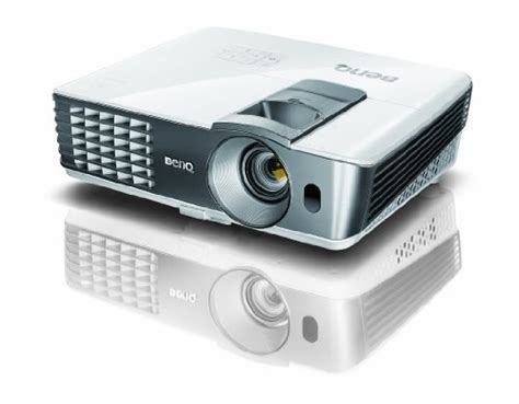 Proyektor Benq W1070 benq dlp hd 1080p projector w1070 3d home theater
