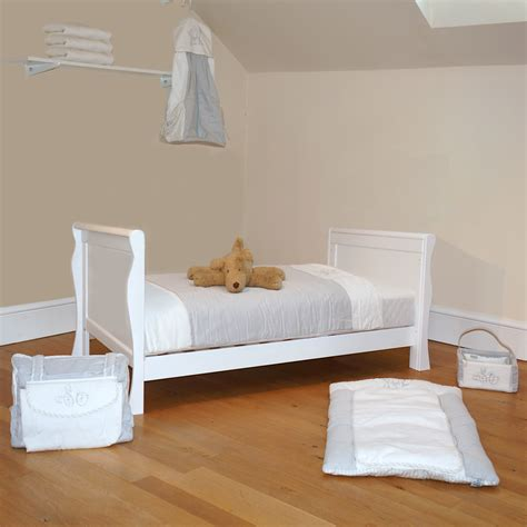 4baby 3 in 1 sleigh cot bed with maxi air cool mattress white buy at online4baby